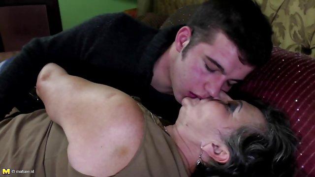 凯莉*布鲁克性的场景中的老奶奶老鲍比*琼斯福音同性恋